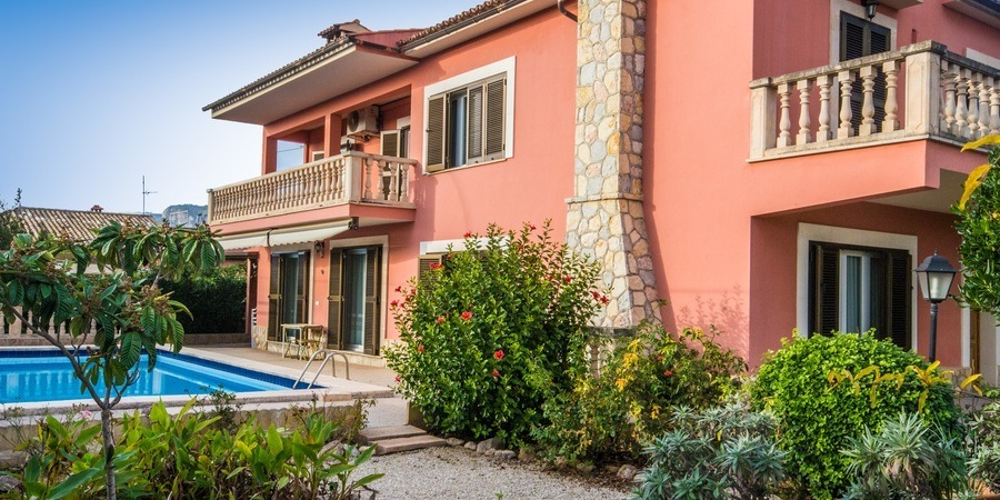 Charming villa with a fabulous garden in Palmanyola