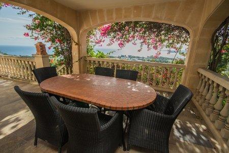 Fantastische Villa mit Meerblick und Pool in Portals Nous