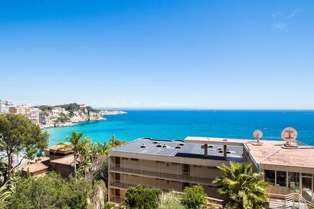 Pequeño apartamento con una gran terraza y maravillosas vistas