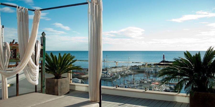 Penthouse in erster Linie mit endlosem Meerblick in Molinar