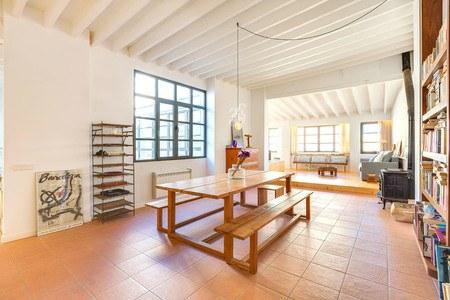 Stort penthouse i eftertraktade Calatrava i Gamla stan