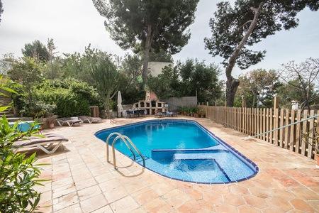 Mallorquin villa with a pool in Portals Nous