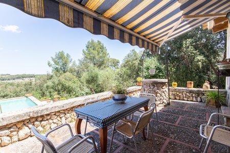 Auténtico chalet mediterráneo con piscina cerca de Montuiri