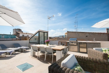 Amazing penthouse with top class roof terrace in Santa Catalina