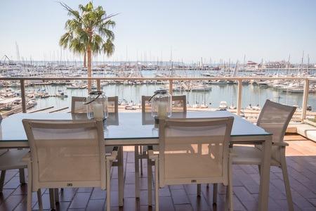 Apartamento bonito con vistas panorámicas del puerto