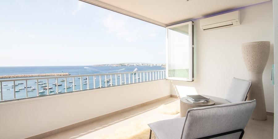Erstaunliche Wohnung in erster Linie mit einer unglaublichen Aussicht in Puerto Portals