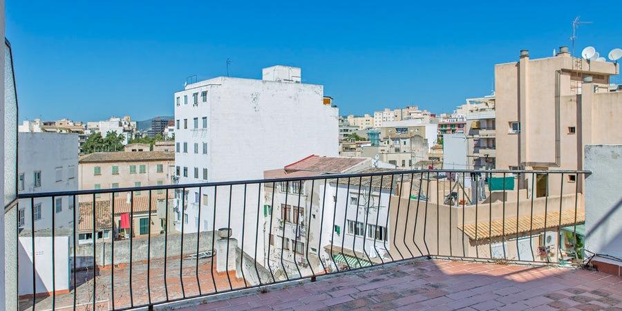 Penthouse mit großer Terrasse im aufstrebenden Viertel Pere Garau
