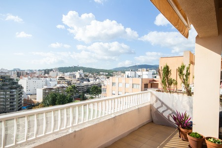 Apartment with unbeatable views of Palma and the port in the popular area Santa Catalina