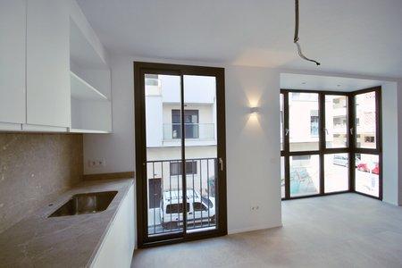 Schönes Apartment mit einem Schlafzimmer und Balkon in Santa Catalina
