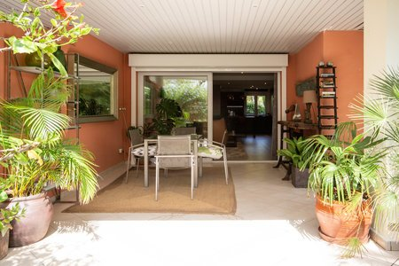 Stilvoll renoviertes Apartment mit privater Terrasse in Bendinat