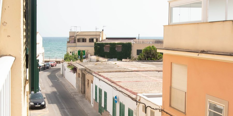 Holiday apartment close to the beach in Molinar