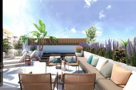 Casa adosada de nueva construcción con terraza en la azotea y piscina privada en el encantador Son Espanyolet