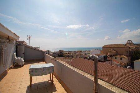 Dachgeschosswohnung mit Meerblick in Molinar