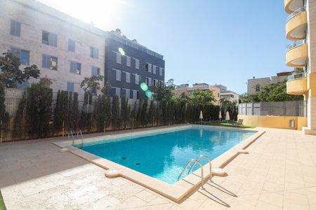 Schönes Penthouse mit Terrasse und Gemeinschaftspool in Molina
