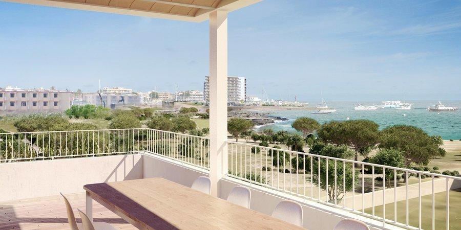 Fantastisk nybyggd etagelägenhet precis vid havet med underbar utsikt i Colonia de Sant Jordi