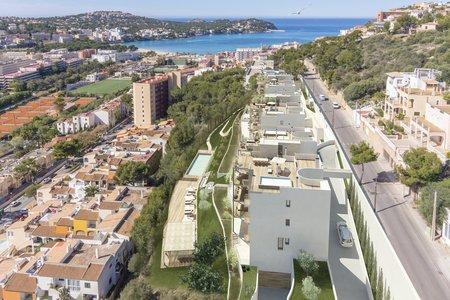 Fin lägenhet på markplan med privat trädgård och pool i Santa Ponsa