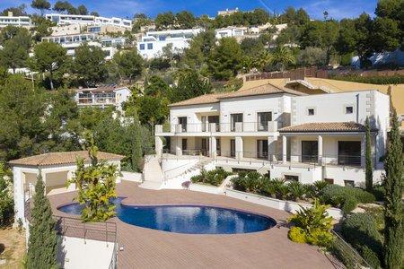 Lyxig villa med otrolig utsikt i Son Vida