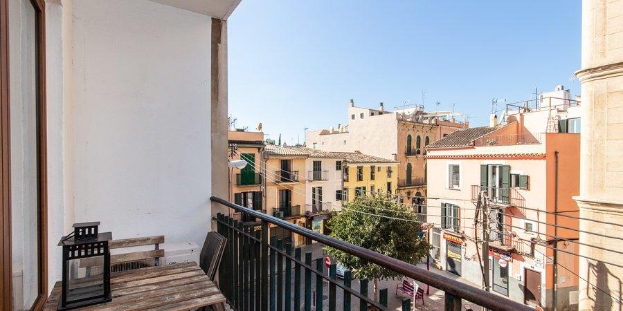 Schönes Apartment mit Balkon in Santa Catalina