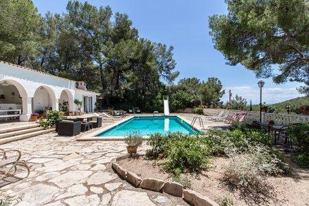 Espetacular Mansion con piscinas en las afueras de Genova