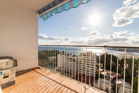 Studio-Apartment mit atemberaubendem Meerblick über Cala Mayor