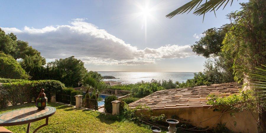 Casa idílica con espectaculares vistas al mar en Old Bendinat