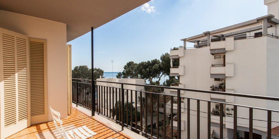 Luminoso apartamento con terraza y vista al mar en San Augustin