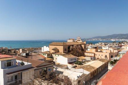 Helle Wohnung mit Balkon in El Molinar