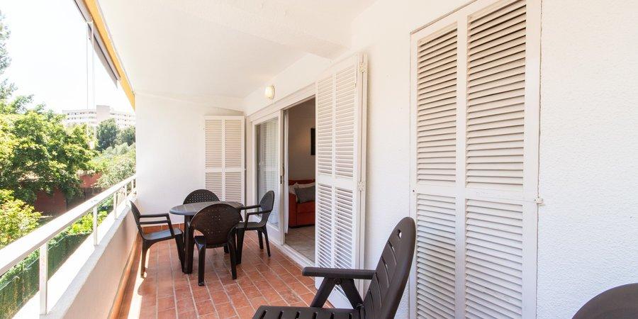 Luminoso apartamento con gran terraza y aparcamiento en Portals Nous