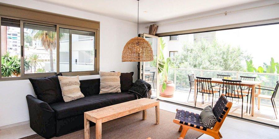 Ljus och solig strand lägenhet med havsutsikt i Cala Major