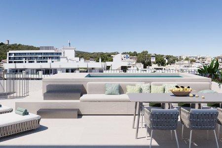 Fantastiskt penthouse med takterrass och privat pool i Son Armadams